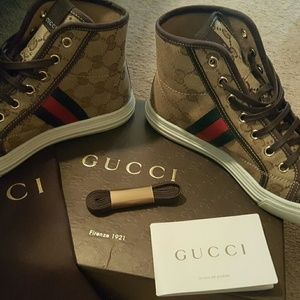 Authentic Womens Gucci Shoes